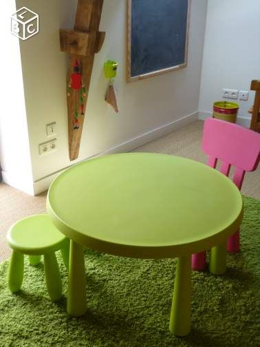 Ikea chaise et table enfant