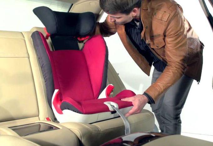 siege auto pour enfant de 2 ans ouistitipop. Black Bedroom Furniture Sets. Home Design Ideas