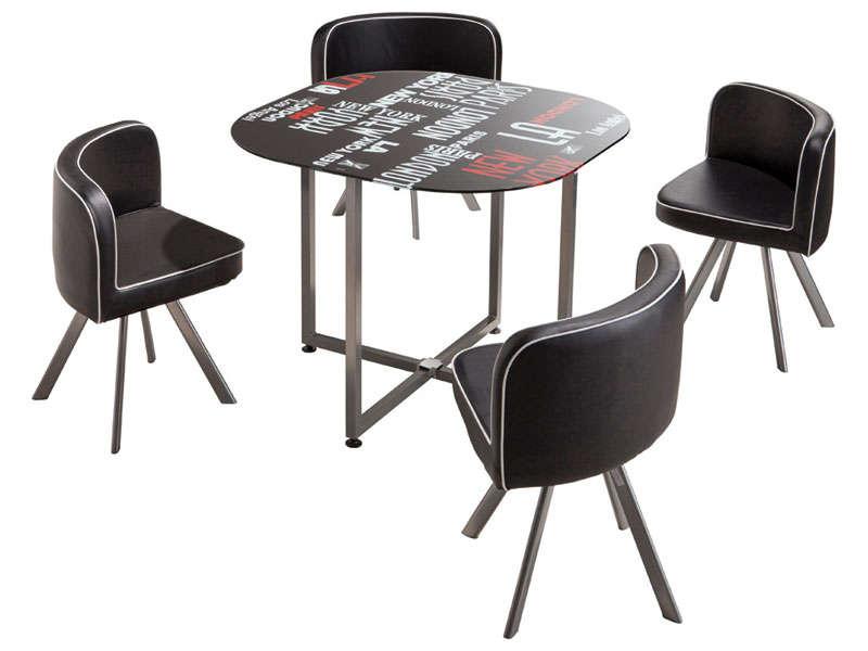 Chaise avec table