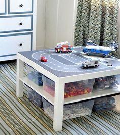 Table pour enfant a vendre