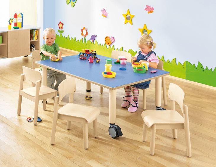 Table petite enfance